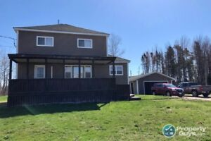 Attn First time buyers, excellent 3 bed/1.5 bath on large lot
