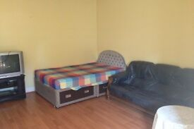 BEAUTIFUL LARGE STUDIO FOR RENT IN HOUNSLOW