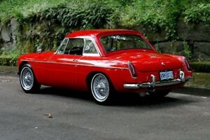 Looking for a mgb hardtop