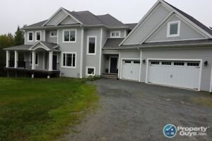 Spectacular 4 bed/4.5 home on McCabe Lake!