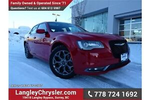 2016 Chrysler 300 S ACCIDENT FREE w/ AWD & PANORAMIC SUNROOF