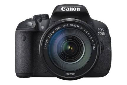 BRAND NEW 700D WITH 18-135MM LENS PLUS 2 LENS PLUS FILTERS+SDCARD Potts Point Inner Sydney Preview