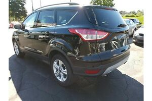 2014 Ford Escape SE CLEAN CAR-PROOF !! REAR CAMERA !! LEATHER !! Kitchener / Waterloo Kitchener Area image 3