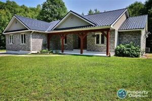 Custom Built Bungalow on 14 Acres,Very Private with 3400 sf