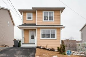 Captivating 4 bdrm/3.5 bath home in Governor's Brook!