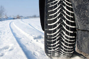 DODGE RAM 2500 WINTER TIRES AND STEEL RIMS PACKAGES!!! Kawartha Lakes Peterborough Area image 2