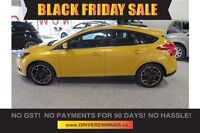 2012 Ford Focus Titanium FULLY LOADED!  NAV, SUNROOF AND MORE!
