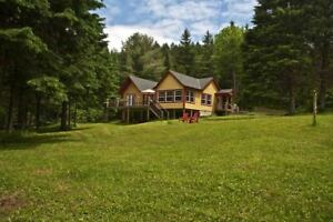 Chalets Val Carroll - Chalet 90 Sleeps 10 Lakefront