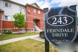 Barrie Condo for rent $1500/month