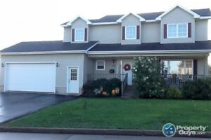 Over 2100 sf, 4 bed/2.5 bath home on large lot