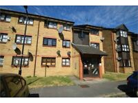LARGE STUDIO FLAT WITH SEPARATE KITCHEN - CALL RICCARDO NOW FOR VIEWINGS!!