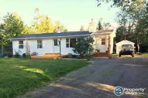 Completely renovated, 3 bed on quiet street.