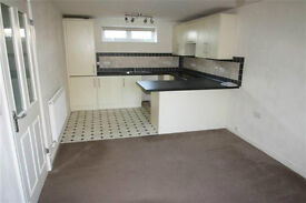 Spacious Modern One Bedroom Flat (First Floor) with parking