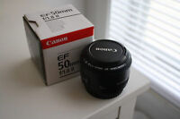 canon eos 50mm f1.8 lens with original box, almost brand new.