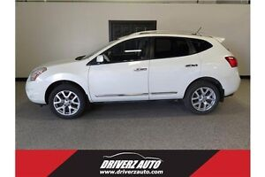2012 Nissan Rogue SL ACCIDENT FREE, LOW KMS, BU CAM