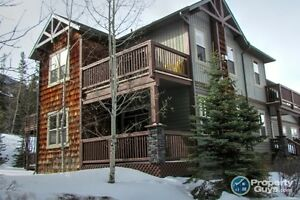 For Sale 801-70 Dyrgas Gate, Canmore, AB