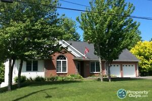 Amazing 4 bed, home w lots of attention to details!