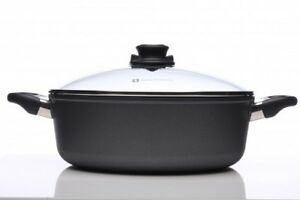 T-Fal non sticky fry pan with lid!