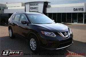 2015 Nissan Rogue S One owner! Bluetooth!