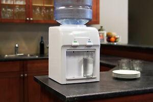 Distributeur et refroidisseur d'eau de comptoir Vitapur