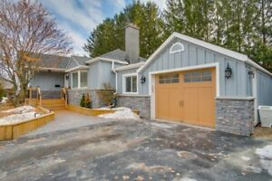 A Hidden Gem In The Heart Of Prestigious Ancaster.extensively Re
