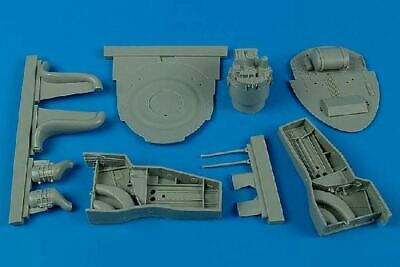 AIRES HOBBY 1/32 F8F1 WHEEL BAY FOR TSM 2073