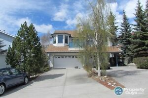 For Sale 4-11 Blackrock Crescent, Canmore, AB