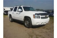 2007 Chev Avalanche: Leather, dual rear dvd headrests, sunroof