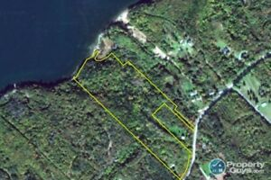 11145 Kempt Head Rd, Boularderie Center, NS