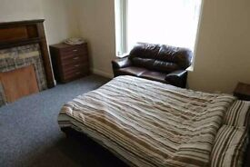 Amazing, bright and spacious room next to Stratford! £110pw
