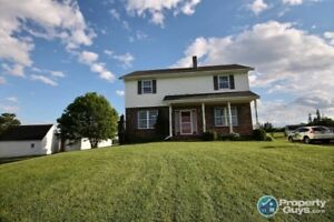Beautiful 2100 sq.ft 4 bed/1.5 bath family home