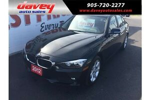 2012 BMW 320 i MANUAL TRANSMISSION, SUNROOF, DUAL CLIMATE