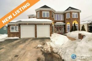 Amazing large executive home on the banks of Humber River