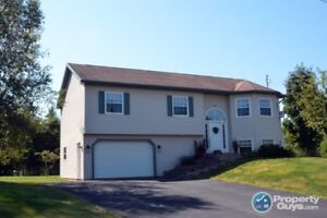 Wonderful family home in great neighborhood, move in ready!