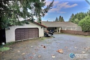 Affordable 5 bdrm/3 bath home steps from Cowichan Bay