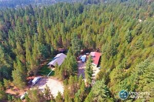 3 bedroom house on 5 private acres in Winlaw BC 198152