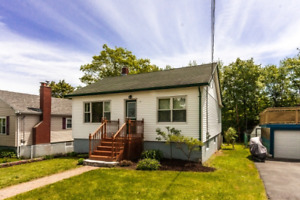 Open House this Sat – Beautiful 2 Bedroom home on quiet street