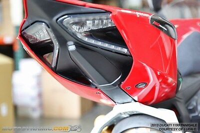 12-17 Ducati Panigale 899 959 1199 1299 Fender Cover Plate Hole Block Off