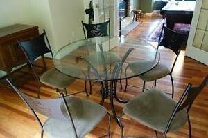"""Table Glass  42"""" Round With 5 Chairs"""