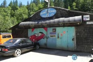 Auto repair and salvage business in Castlegar ID 197307
