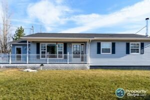 4 Bedroom, 2 bath bungalow with over 2000sf of living space