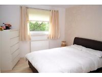 Perfect one bed flat in desirable Mill Court, Rutherglen