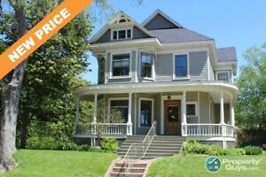 Heritage home at its best! Central location to the downtown