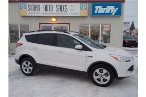 2013 Ford Escape SE EcoBoost / 4x4/ Clearance
