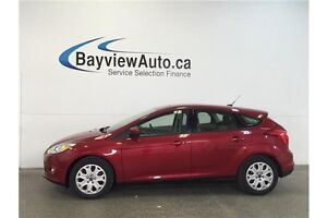 2012 Ford FOCUS SE- 5 SPEED! SUNROOF! A/C! GAS BUDDY!