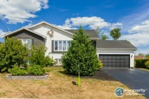 In-law potential 5 bed home that needs nothing, just move in!