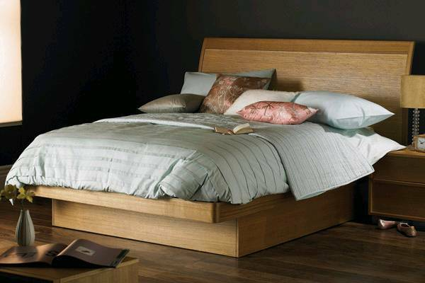 """Beautiful Ash & Bamboo Double Ottoman Bed: Hyder """"The Naples"""" £250 ono"""