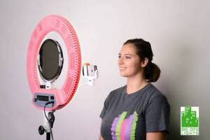 Ultimate Diva Ring Light w stand, mirror + Phone Holder