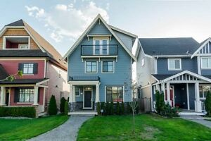 4 floors in Clayton Heights, Cloverdale near Surrey Langley