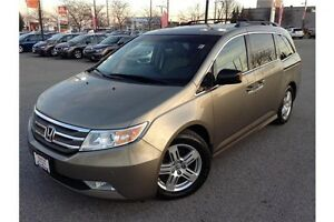2011 HONDA ODYSSEY TOURING - LEATHER - GPS NAV - REAR DVD